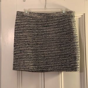Black and white jcrew tweed skirt
